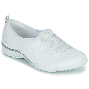 Shoes Women Low top trainers Skechers BREATHE-EASY A-LOOK White