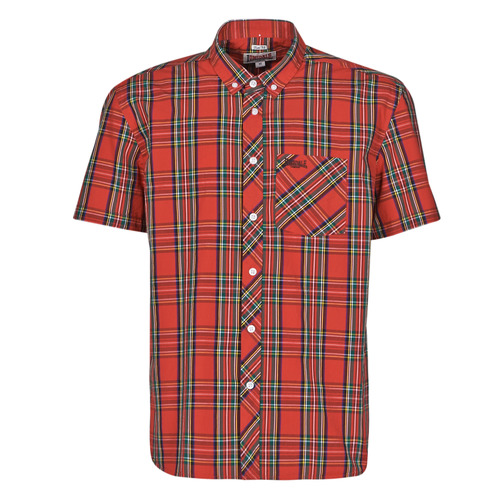 Clothing Men Short-sleeved shirts Lonsdale 113711-8311 Red