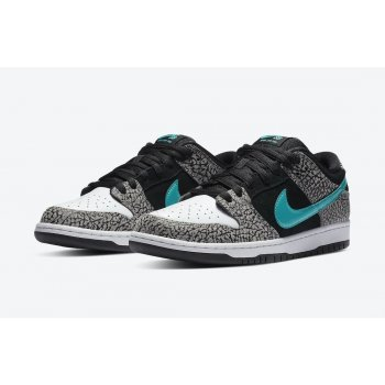 Shoes Low top trainers Nike SB Dunk Low Atmos Elephant Medium Grey/Black/White/Clear Jade