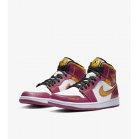 Shoes Low top trainers Nike Air Jordan 1 Mid Familia White/Fuchsia-Orange-Black