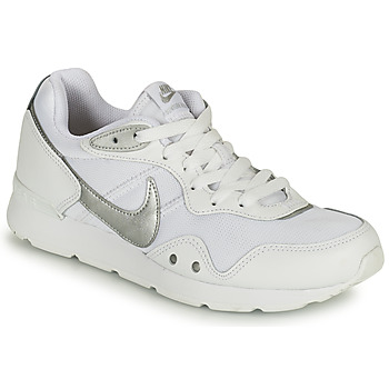 Shoes Women Low top trainers Nike VENTURE RUNNER White