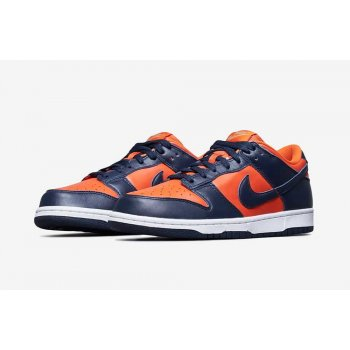 Shoes Low top trainers Nike SB Dunk Low SP