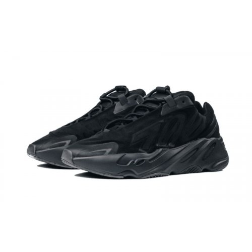 Shoes Low top trainers Nike Yeezy Boost 700 MNVN Black Black/Black/Black