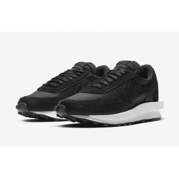 Shoes Low top trainers Nike LDWaffle Racer x Sacai White Black/Black