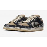 Shoes Low top trainers Nike SB Dunk Low x Travis Scott Black/Black/Parachute Beige/Petra Brown