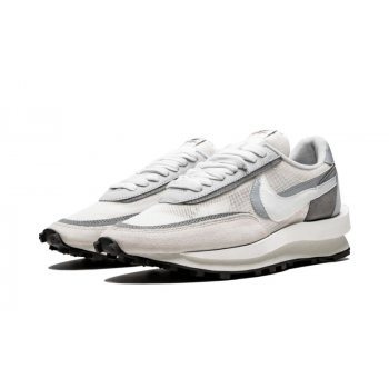 Shoes Low top trainers Nike LDV Waffle Racer x Sacai Summit White Summit White/White/Wolf Grey/Black