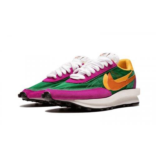Shoes Low top trainers Nike LDV Waffle Racer x Sacai Pine Green Pine Green/Clay Orange/Del Sol/Sail