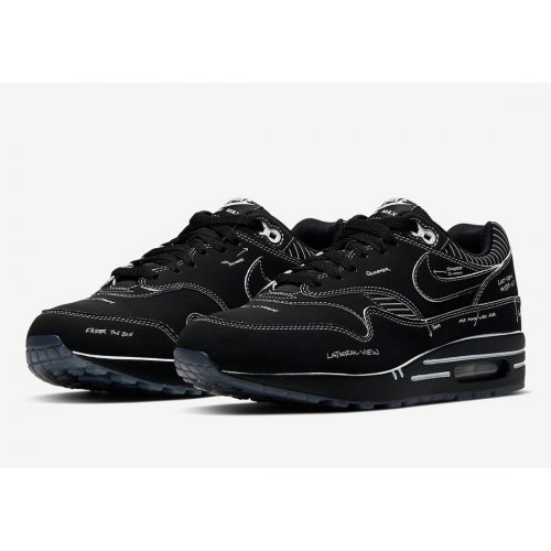 Shoes Low top trainers Nike Air Max 1