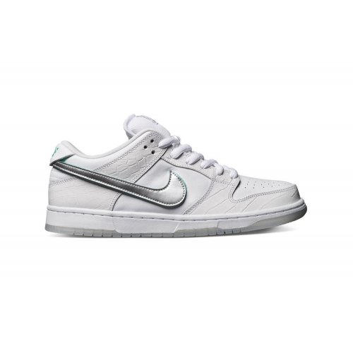 Shoes Low top trainers Nike SB Dunk Low x Diamond Supply Co.