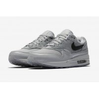 Shoes Low top trainers Nike Air Max 1 Pompidou