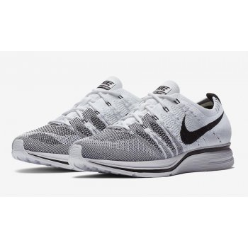 Shoes Low top trainers Nike Flyknit Trainer White White/Black-White