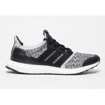 Shoes Low top trainers adidas Originals Ultra Boost x SNS Social Status Black/White
