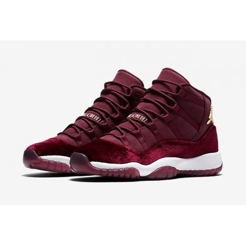 Shoes Hi top trainers Nike Air Jordan XI Heiress Velvet Night Maroon/Metallic Gold-Night Maroon