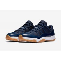 Shoes Low top trainers Nike Air Jordan 11 Low Navy Gum Midnight Navy / White - Light Gum Brown