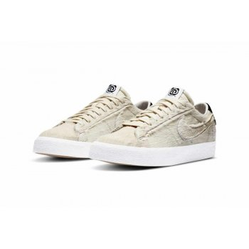 Shoes Low top trainers Nike Sb Blazer Low x Medicom Light Cream/Black-Light