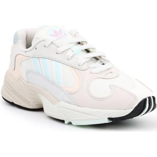 Shoes Men Low top trainers adidas Originals Adidas Yung-1 CG7118 beige