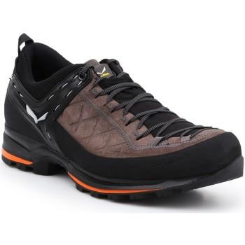 Shoes Men Walking shoes Salewa MS MTN Trainer 2 61371-7512 brown, black