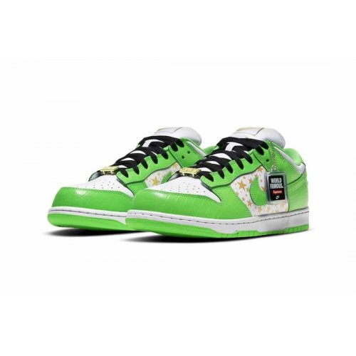 Shoes Low top trainers Nike SB Dunk Low x Supreme Mean Green Mean Green/White/Black