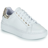 Shoes Women Low top trainers Guess HAIZLY White