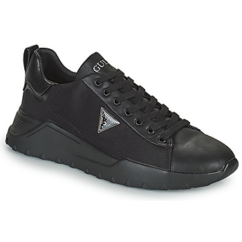 Shoes Men Low top trainers Guess LUCCA Black