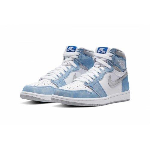 Shoes Hi top trainers Nike Air Jordan 1 Hyoer Royal Hyper Royal/Light Smoke Grey-White
