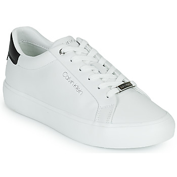 Shoes Women Low top trainers Calvin Klein Jeans VULC LACE UP LTH White / Black