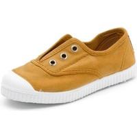 Shoes Children Tennis shoes Cienta Chaussures en toiles bébé  Tintado camel