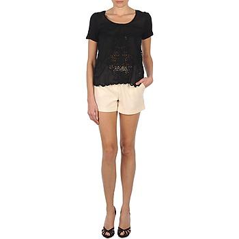 Clothing Women Shorts / Bermudas Stella Forest PLEAT ECRU