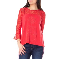 Clothing Women Tops / Blouses Desigual Women's T-Shirt In Re red