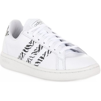 Shoes Children Low top trainers adidas Originals Grand Court White
