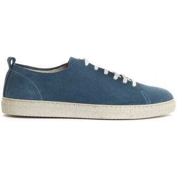 Shoes Men Low top trainers Montevita