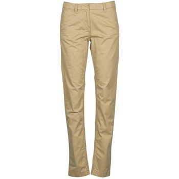 Clothing Women chinos Tommy Hilfiger KENSINGTON Beige