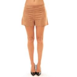 Clothing Women Shorts / Bermudas La Vitrine De La Mode By La Vitrine Short 53713 camel Brown