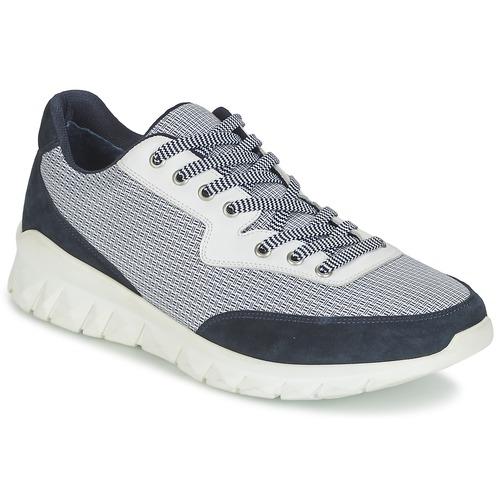 Shoes Men Low top trainers Paul & Joe REPPER Marine