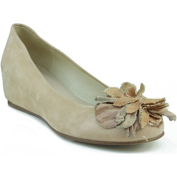 Shoes Women Flat shoes Marian wedge party dancer. BEIGE
