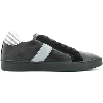 Shoes Men Low top trainers Y Not? W15 AYM202 Sneakers Man Black Black