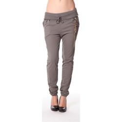 Clothing Women Tracksuit bottoms Rich & Royal Rich&Royal Pantalon City sweet kaki 13q915/477 Green