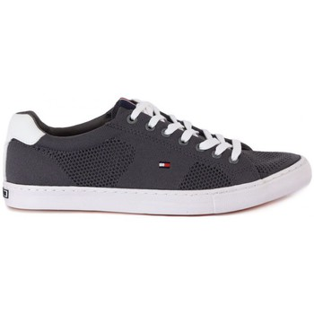 Shoes Men Low top trainers Tommy Hilfiger TOMMY  HILFIGER  JONAS     86,6