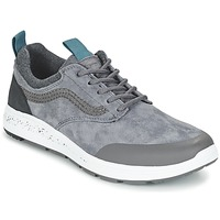 Shoes Low top trainers Vans ISO 3 MTE Grey / Black