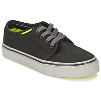 Low top trainers Vans 106 VULCANIZED