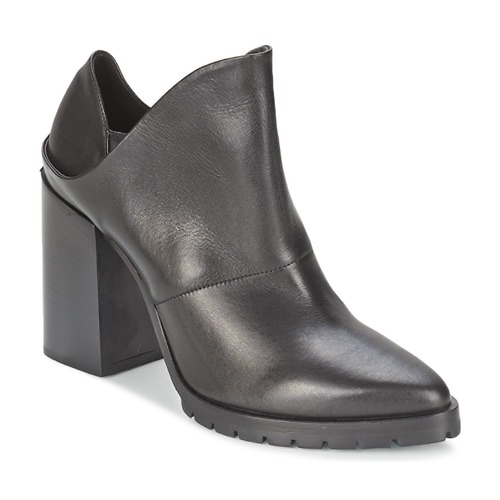 Shoes Women Ankle boots Strategia TAKLO Black
