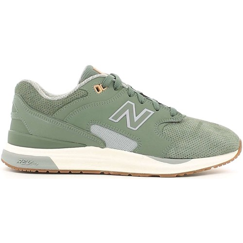 Shoes Men Low top trainers New Balance NBML1550AJ Sport shoes Man Verde Verde