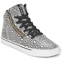 Hi top trainers Supra CUTTLER