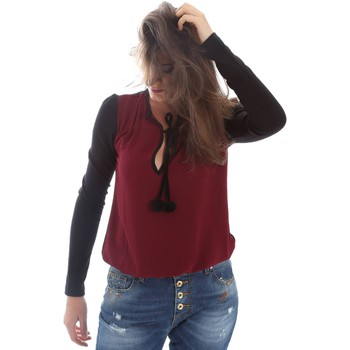 Clothing Women Jackets / Cardigans Fornarina BIR5J38C99572 T-shirt Women Rosso