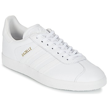 adidas  GAZELLE  mens Shoes (Trainers) in white