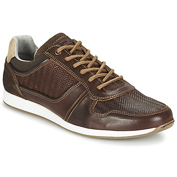 Shoes Men Low top trainers Bullboxer IJINOTE Brown