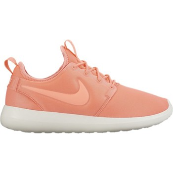 Shoes Women Low top trainers Nike Roshe Two Orange-White