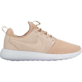 Shoes Women Low top trainers Nike Roshe Two SE Beige-White