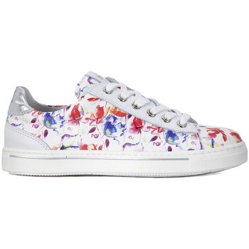 Shoes Girl Low top trainers Nero Giardini NERO GIARDINI BAMBI LL Bianco