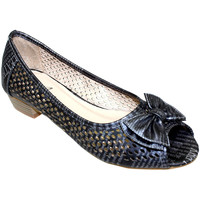 Shoes Women Flat shoes Lunar Ladies Lawson Perforated Pump Pewter